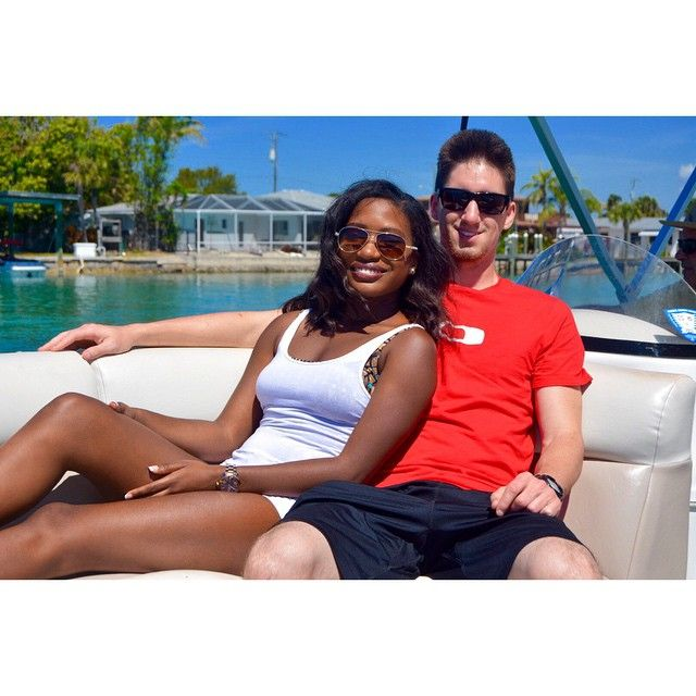 joliette black women dating site Someone you can love is nearby browse profiles & photos of asian singles in stthomasdejoliette, qc join matchcom, the leader in online dating with more dates, more relationships and more marriages than any other dating site.