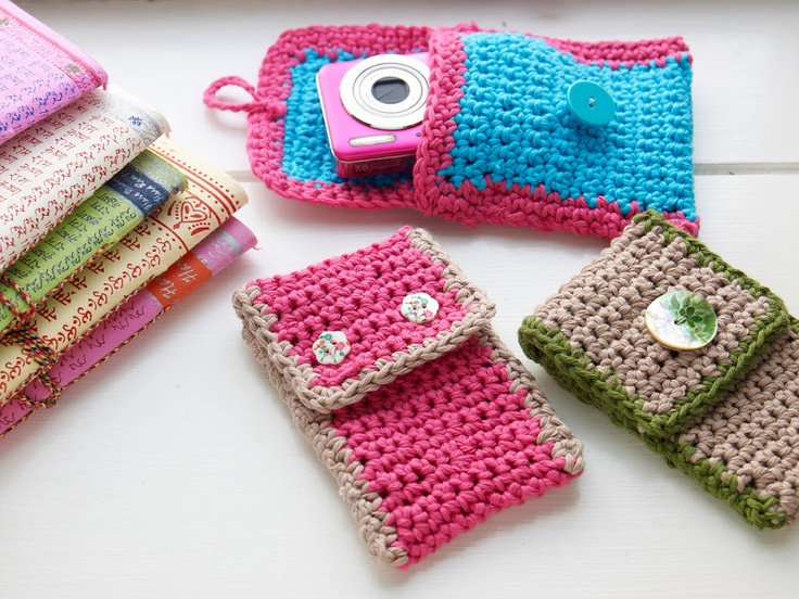 Sanna & Sania: Crochet case for phone and camera. Free pattern