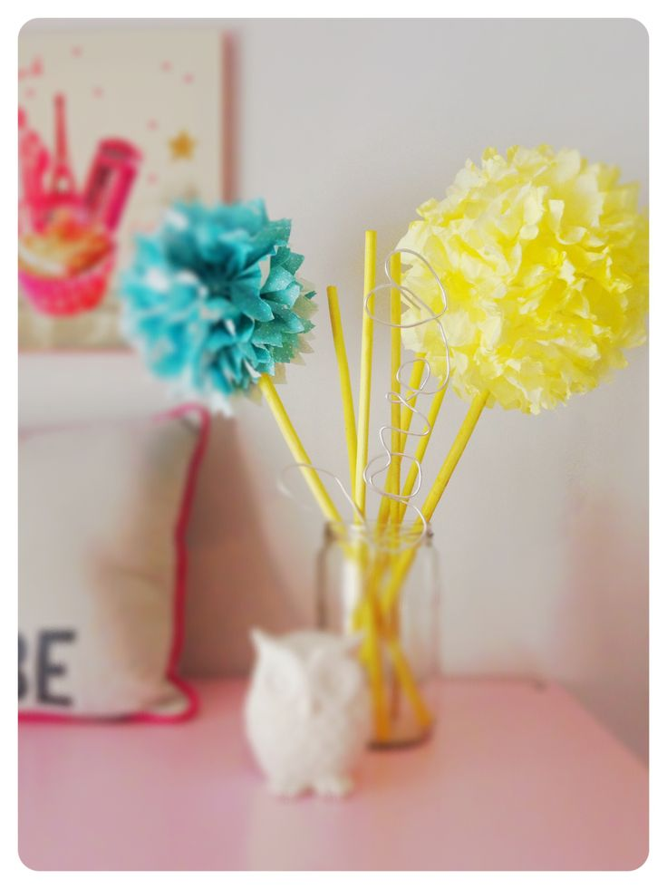 Pompons DIY  Chambre ado fille  KIDS ROOMS by Kick  Pinterest  DIY and cr