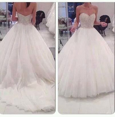 Bride . Follow me for more lovely pins @patriciahmann ☻. ☻. ✿ ☻