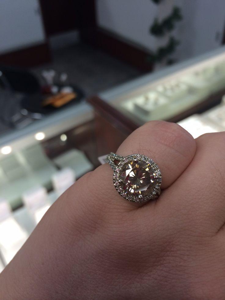 Big Ass Diamond 70