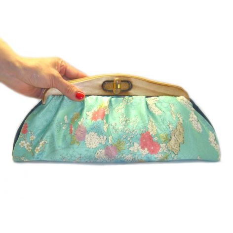 KImono Clutch-Pastel Flowers Garden: Purses Baggage, Clothes Shoes And, Handbags Dream, Flower Gardens, Clutches Purses, Clutch Pastel Flowers, Kimono Clutch Pastel, Flowers Garden