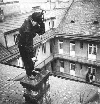 Pesti kéményseprő, 1930-as évek  Fotó: kepido.oszk.hu