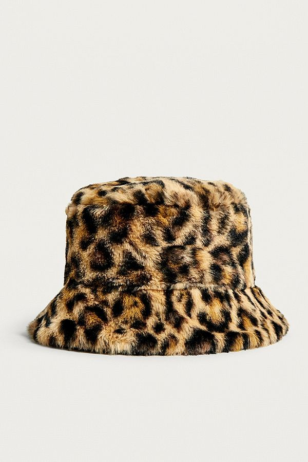 6b6a4e1cb1a52 UO Reversible Leopard Print Faux Fur Bucket Hat in 2019