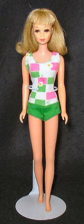 Francie- my favorite in the Barbie family. Mine was brunette, and she had the softest hair.