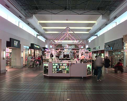 smithhaven mall | Assorted Stores Smith Haven Mall Lake Grove, NY 2 | Flickr - Photo ...
