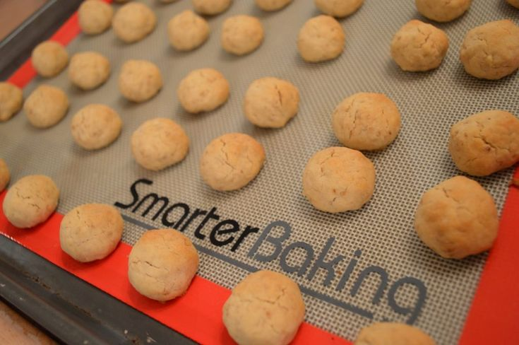 Web Chef Review: Smarter Baking Non-Stick Silicone Baking Mat
