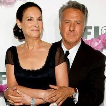 10 Longest Lasting Hollywood Marriages - Pretty interesting. I love that they have made it work!