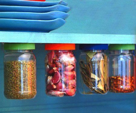 Vou usar isso na gaveta que estou reciclando para o banheiro. Será útil para guardar hastes flexíveis, clips de cabelho e tantas outras miudezas que temos no banheiro ;D