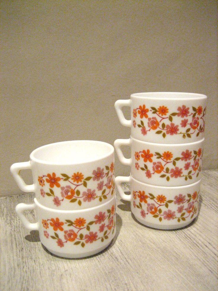 Tasses à café arcopal modèle scania Vintage