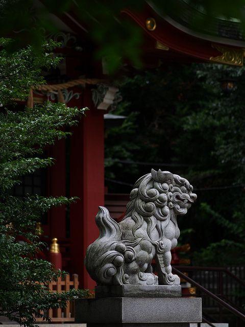 ( Komainu)Lion-dog statue@Nakano by sisigashira