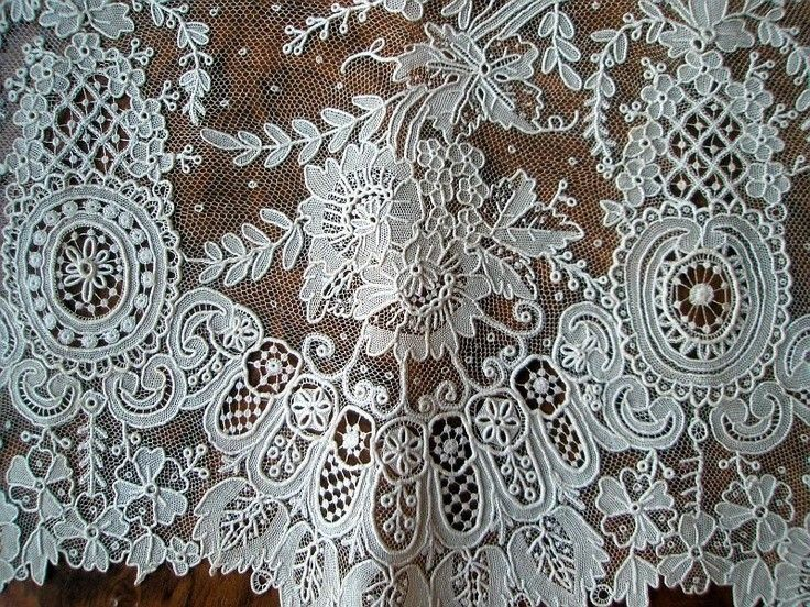 7 best alencon lace images on pinterest needle lace antique lace and bobbin lace. Black Bedroom Furniture Sets. Home Design Ideas