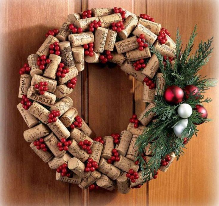 bricolage pour Noël - couronne de porte d'entrée en bouchons de liège