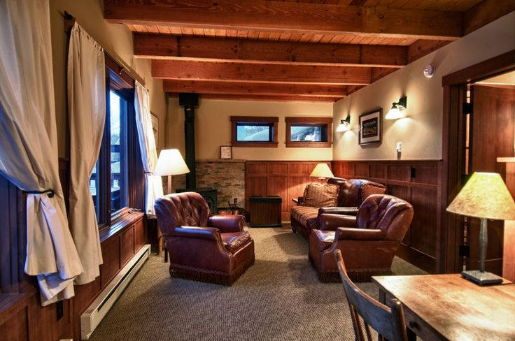big-agnes-living-room-colorado-ski-lodge