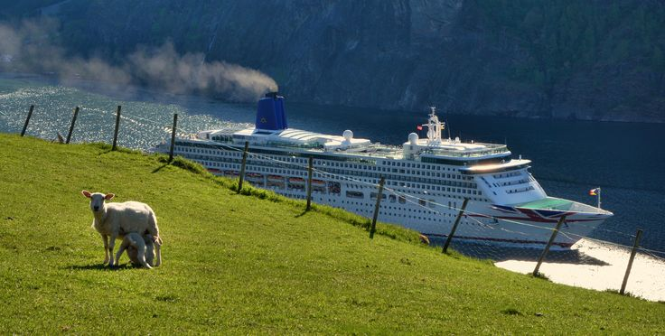 Life goes on in Aurland, as MV Aurora leaves Flåm