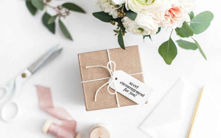 I'm on the blog sharing a round up of Sweet Encouraging Gifts for Friends and Family perfect for friends and family. http://www.scratchpaperstudio.com/sweet-encouraging-gifts-friends-family/