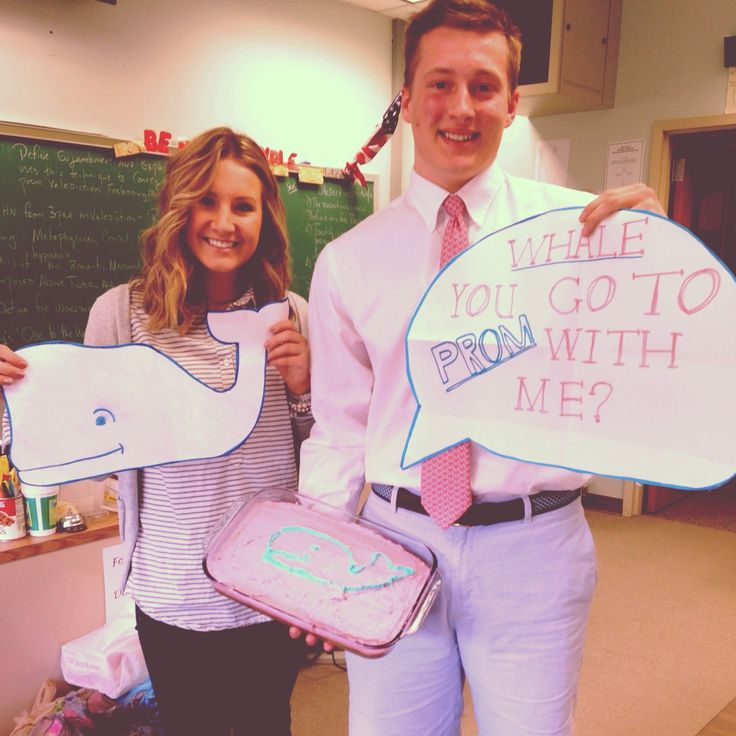 This is cute way to ask someone to prom, but I LOVE HER HAIR