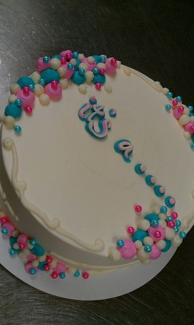 reveal cakes on pinterest baby blocks baby shower cakes and twin