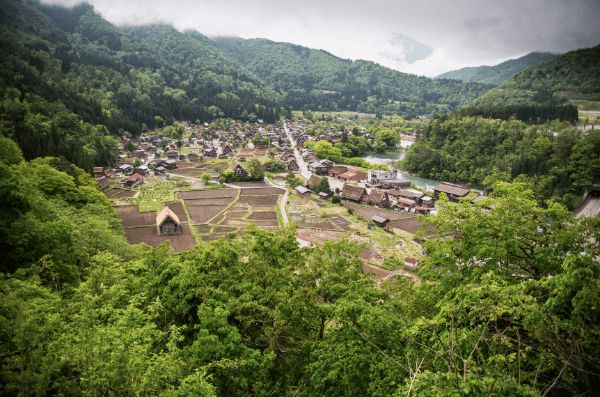 Shirakawago & Gokayama: UNESCO World Heritage Villages