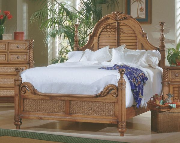 Palm Court Tropical Island Pine Wood Queen Low Poster Bed