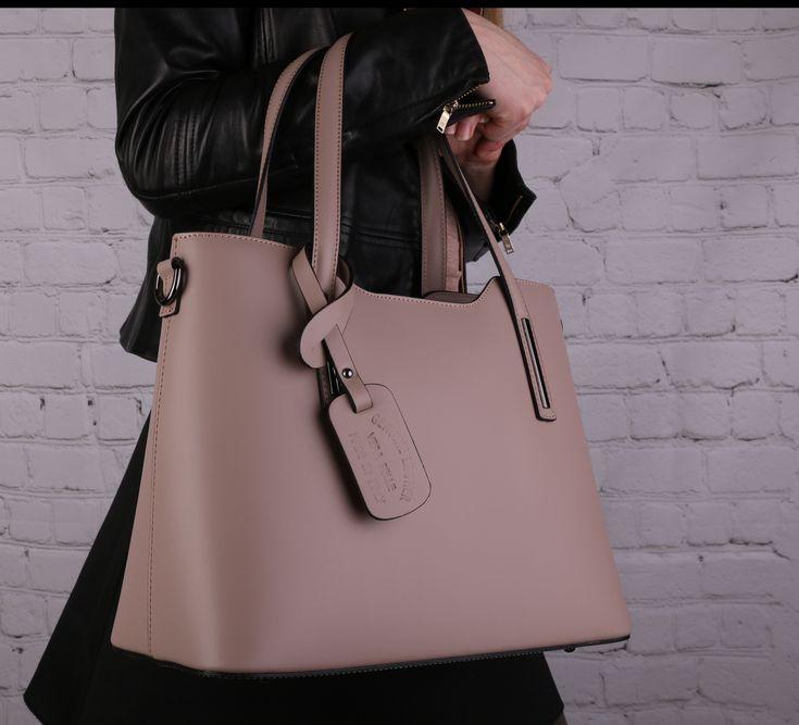 I vy se těšíte na šílené novinky. O chvíli nejprodávanější kožené kabelky v jiných barvách na emotys.cz #kozenekabelky #kabelky #verapelle #damy #praha