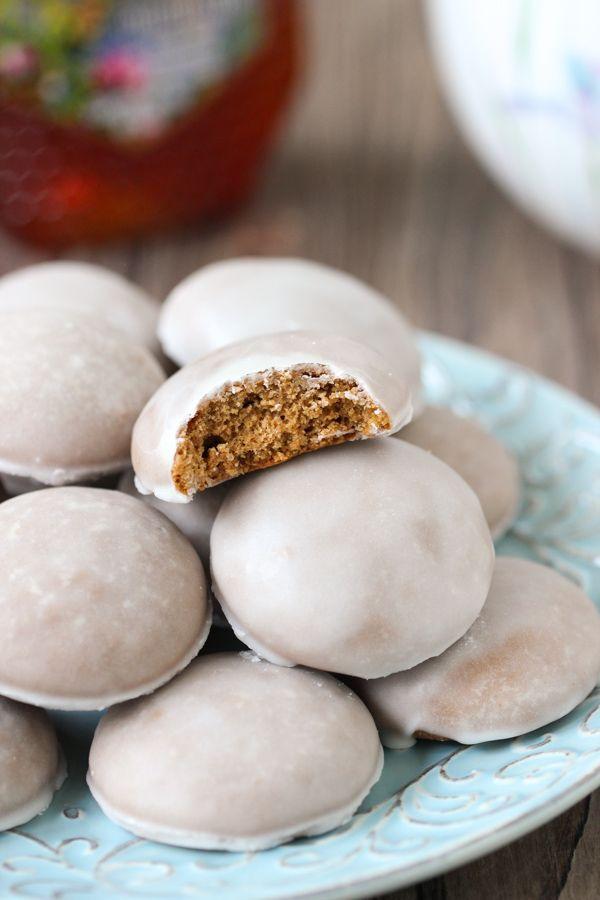Traditional Pryaniki - Russian Honey Spice Cookies - Olga's Flavor Factory, ,