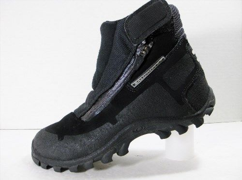 89.99$  Buy here - http://vises.justgood.pw/vig/item.php?t=xqnbn9t2873 - Salomon CAGE WINTER Snow Boots WATERPROOF INSULATED Zip Shoes Womens size 7 RARE