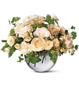 Simply White  Item TF24-2: Floral Ideas, Peaches Hands, White Rose, Hands Ties, Birthday Flowers, Delivery Flowers, Cream Rose, Simply White, Birthday Gifts