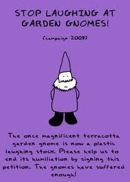 I adore gnomes...especially the old fashioned scandinavian ones, so this just tickled my fancy!