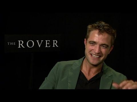 "▶ Robert Pattinson: ""je tourne beaucoup de scènes de sexe"" - 19/05 - YouTube {subtitled...NOT dubbed!}"