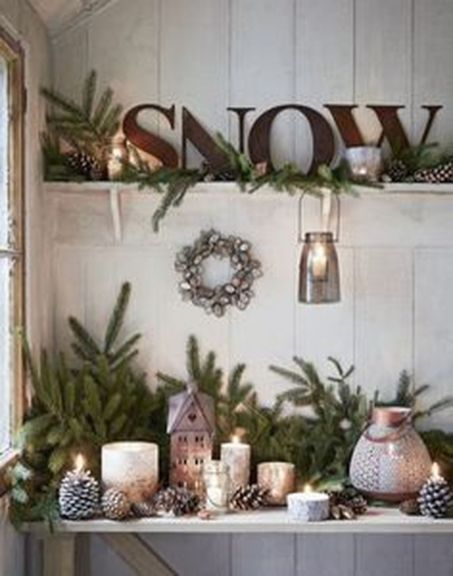 Beautiful Country Christmas Decoration Ideas For Your Home 18
