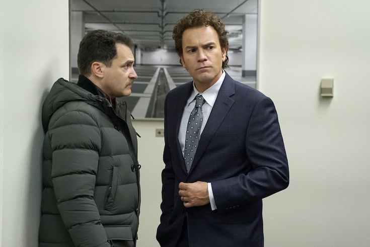 FARGO Year 3 Michael Stuhlbarg as Sy Feltz, Ewan McGregor as Emmit Stussy. CR: Chris Large/FX