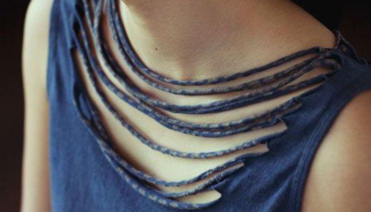 17 formas de customizar uma camiseta nesse #carnaval #abadás #diy http://anamariabraga.globo.com/canais/beleza/17-ideias-de-customizacao-para-o-carnaval.html330e05a34510f107842914923eb8516c