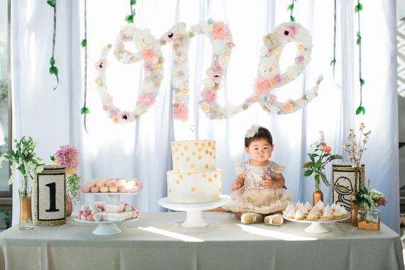 Paper flower party decor | Floral 1st birthday for Ellie | Photos by Erin J Saldana | 100 Layer Cakelet