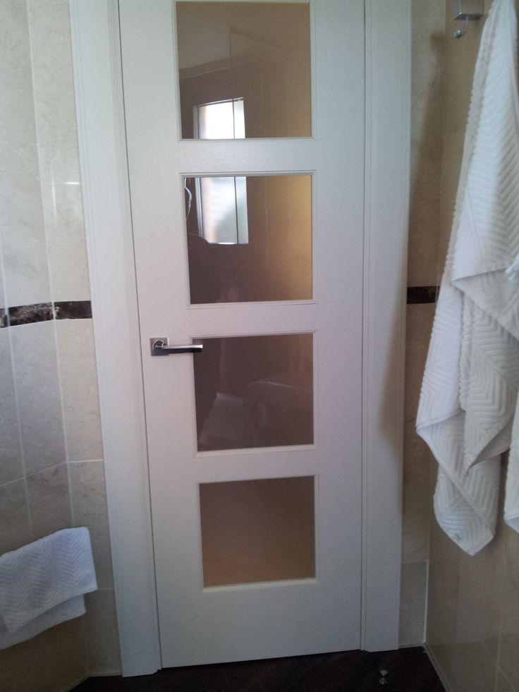 19 best images about puertas blancas on pinterest master for Cristales para puertas de interior catalogo