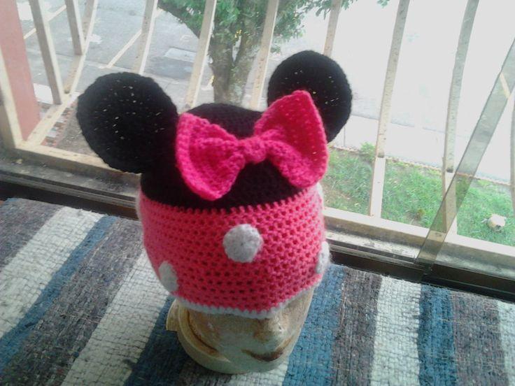 Minnie Mouse Hat by Kaira-Raiton-Kurama.deviantart.com on @DeviantArt