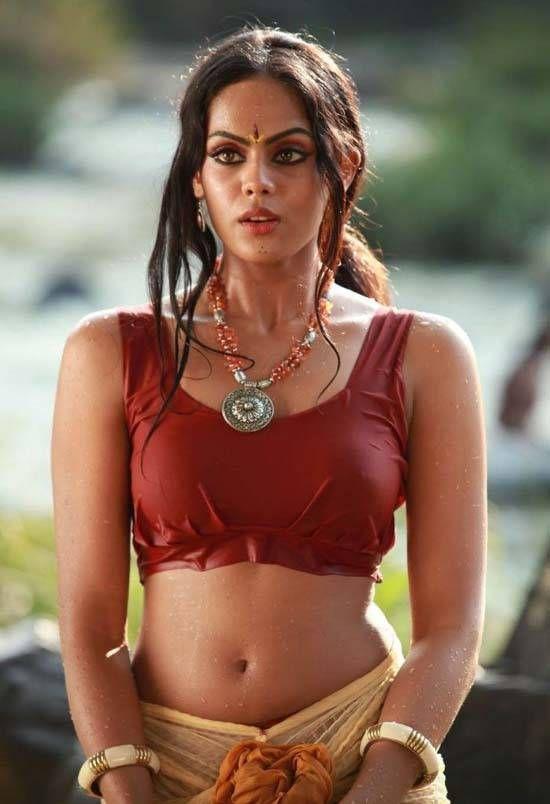Karthika Nair Beautiful Indian Actress #Asian #Indian