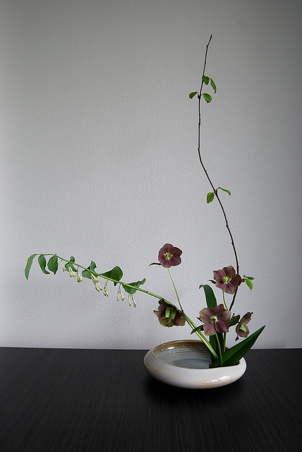 Ikebana 'It does ring a bell' by Otomodachi, via Flickr