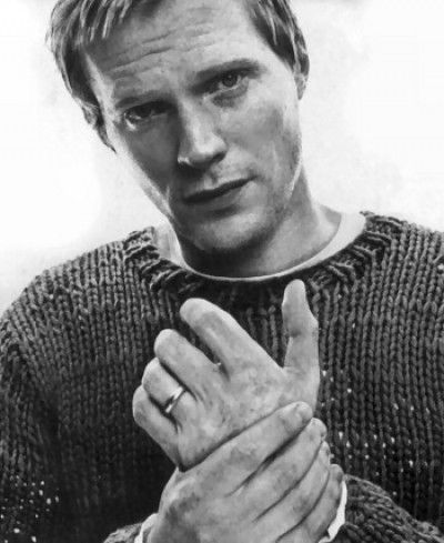 Paul Bettany. Oh so handsome. Another fantastic actor who picks great roles, but the total sum of the films 7 times out of 10 stink.