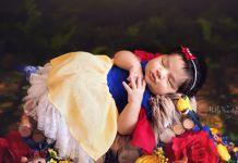 Traumhaftes Neugeborenen-Shooting: Babys als Disney-Prinzessinnen