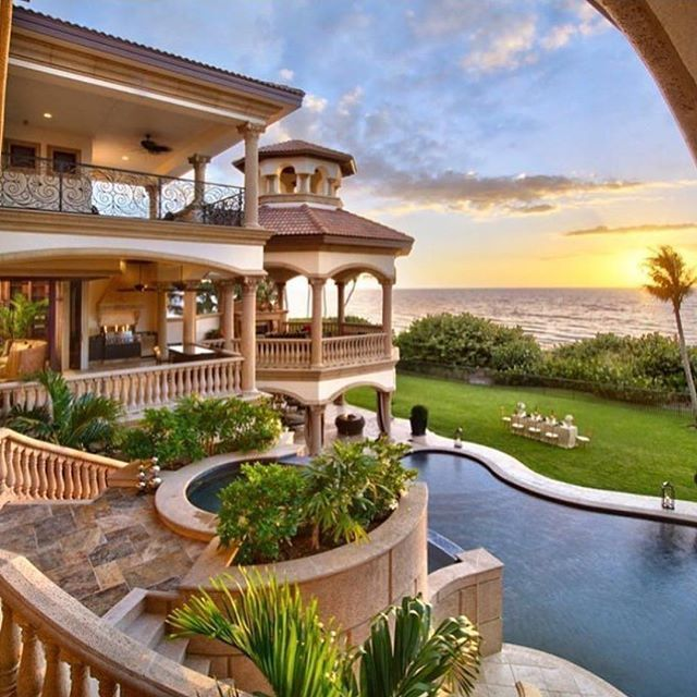 Can't wait to get away this summer ☀️ #Dreamhomes #home #instafollow #design