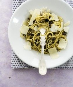 Spagetti with olives