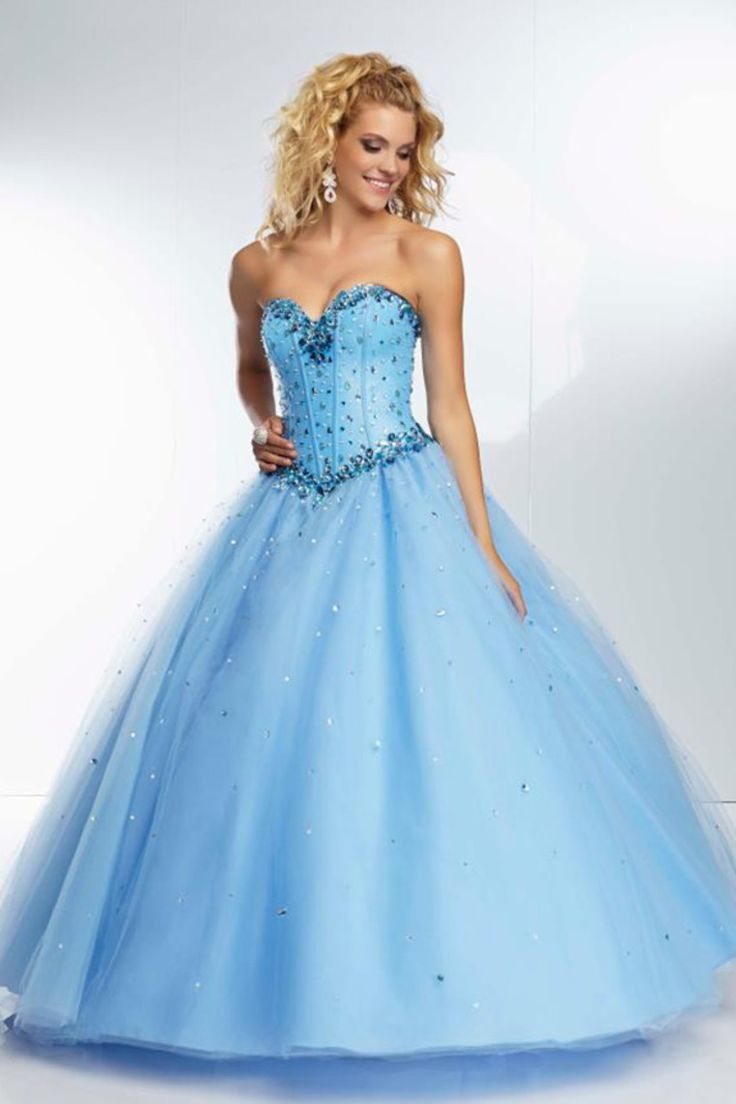 102 best Dresses images on Pinterest | Formal prom dresses, Classy ...