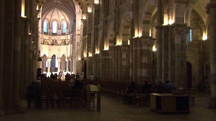 Vézelay - France - Travel & Discover