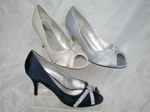 1000  images about shoes on Pinterest | Navy blue shoes, Satin and ...