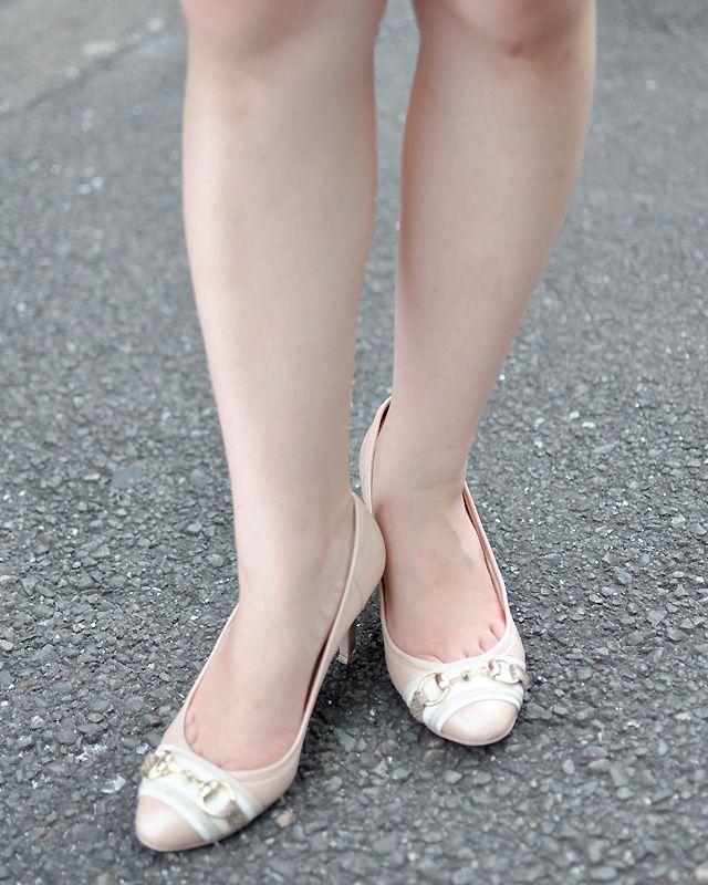 写真:藤原瑶子さん Diana(ダイアナ)靴