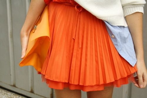 as the clockwork orange: Orange Skirts, Orange Pleated, Shorts Quotes, Street Style, Skirts Outfits, Pleated Skirts, Bright Colors, American Crafts, Maxi Skirts