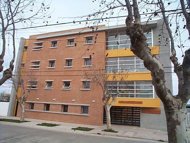 Internado Cauquenes / Cauquenes CHILE / PLAN Arquitectos / www.planarquitectos.cl
