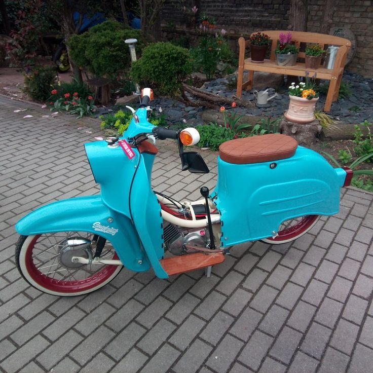 #sitzpassion #simson #simsonschwalbe #schwalbe #kr51 #simsonszene #tuning #retro #style #retrostyle #custom #customs #custombike #bike #bikeporn #vintage #2takt #wow #picoftheday #photooftheday #geile #oldschool #ifa #ddr #rat #sattler #sitzbank