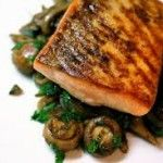 Pan-Fried Salmon with Courgetttes & Mushrooms